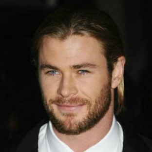 chris-hemsworth-round-face-beard