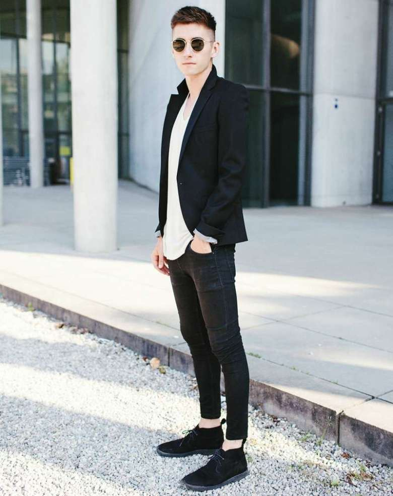 how-to-wear-black-desert-boots-for-men-desert-boots-mens-street-style