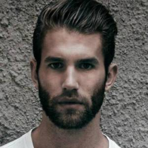 mens-rectangle-face-beard-2